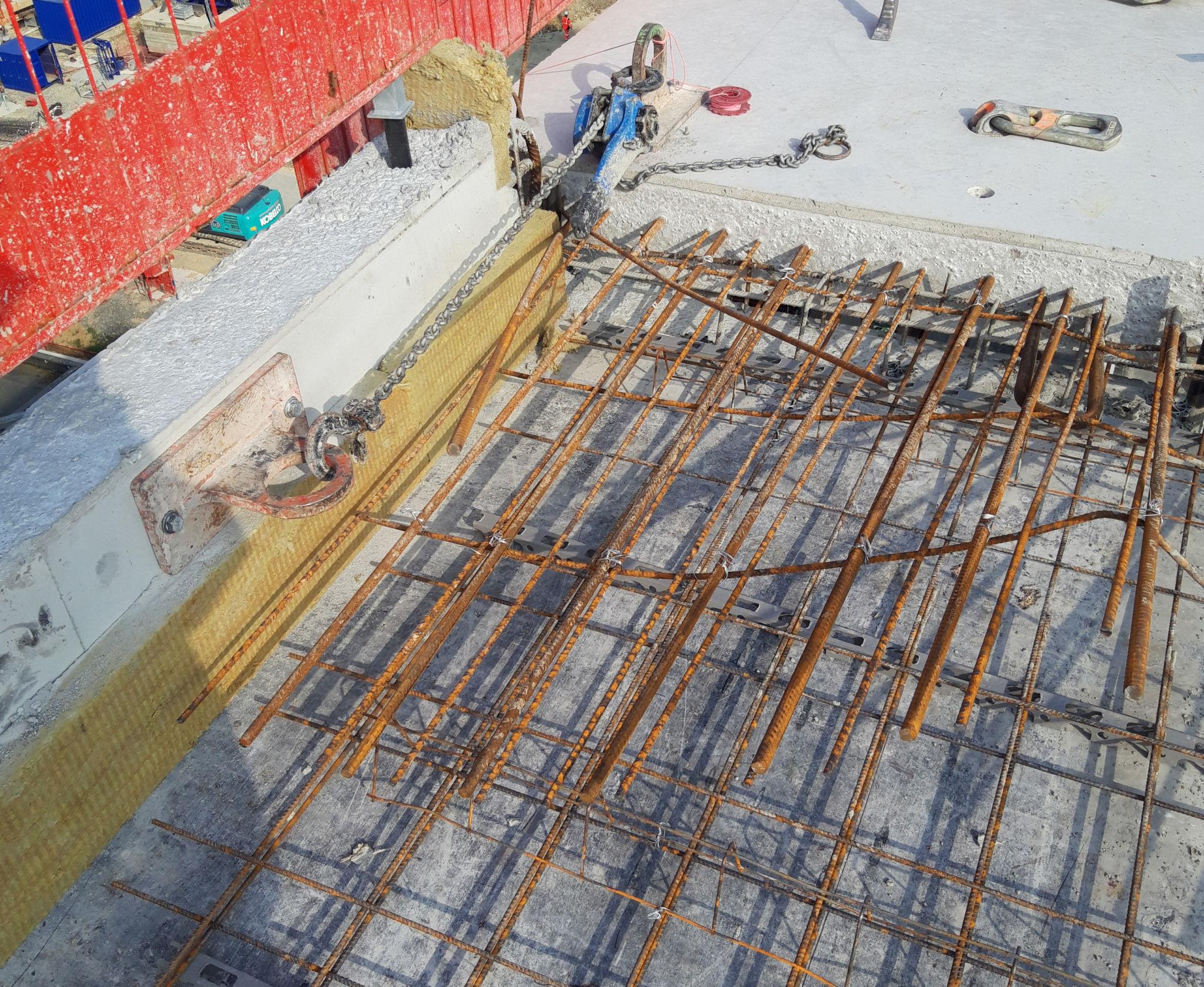 Rupteur forain ou rupteur de ponts thermiques